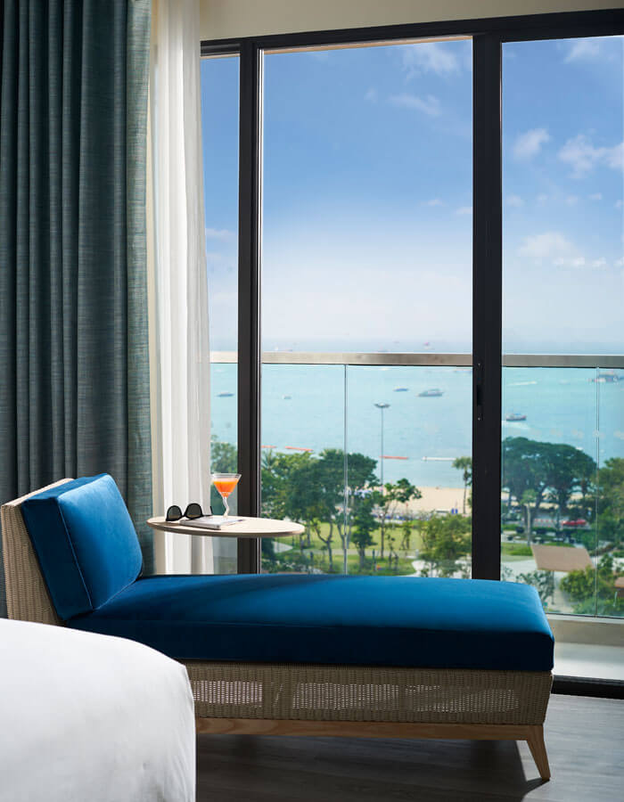 Living Area in Deluxe Ocean View King - OZO North Pattaya