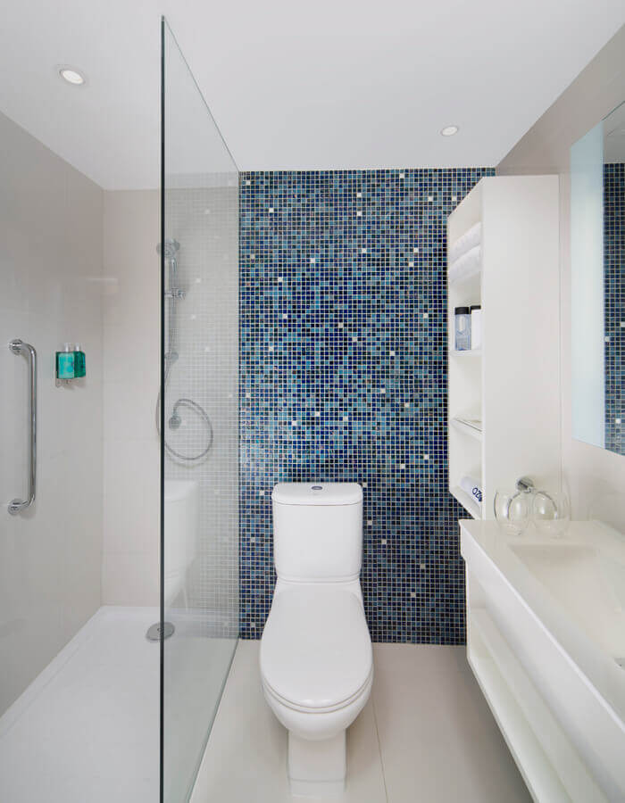 Superior - Bathroom (Images are a visual preview and may vary)